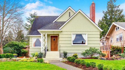 Refinancing a mortgage with bad credit: When it's worth it (and when it's not)