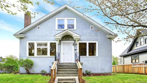 Cheap, foreclosed homes are hard to find. Here's where to look and how to buy one