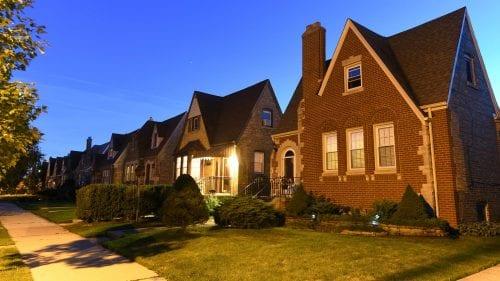 Mortgage mayhem: Lenders pull gov't loans, refuse to lock, and raise credit score minimums