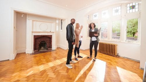 Will sellers or home buyers have the advantage this summer?