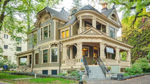 Historic home renovations: How to qualify for historic home grants and loans