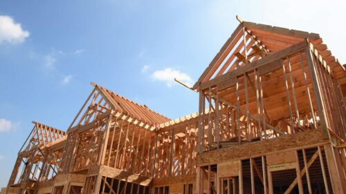 Should I use my builder's preferred lender? Pros and cons